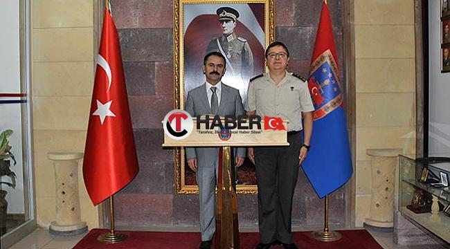 Vali İlhami Aktaş İl Jandarma Komutanlığını Ziyaret Etti
