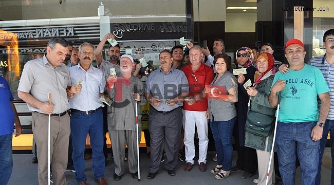 Nevşehir'de Görme Engellilerden Dolar Protestosu