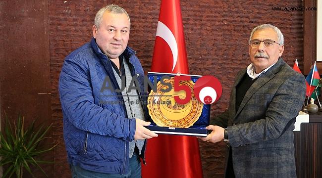 MİLLETVEKİLİ ENGİNYURT,BAŞKAN KARAASLAN'I ZİYARET ETTİ